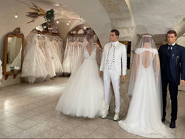 Magasin robe de mariage nimes la mode des robes de france for Boutique de robe de mariage oxfam
